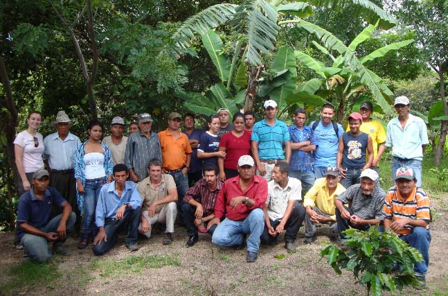 Roasters and CoopCoffees staff, during an annual visit, meet with PROCOCER members to better understand their day-to-day challenges.